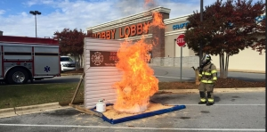 Northport Fire Rescue Dramatically Demonstrates the Dangers of Frying Turkey