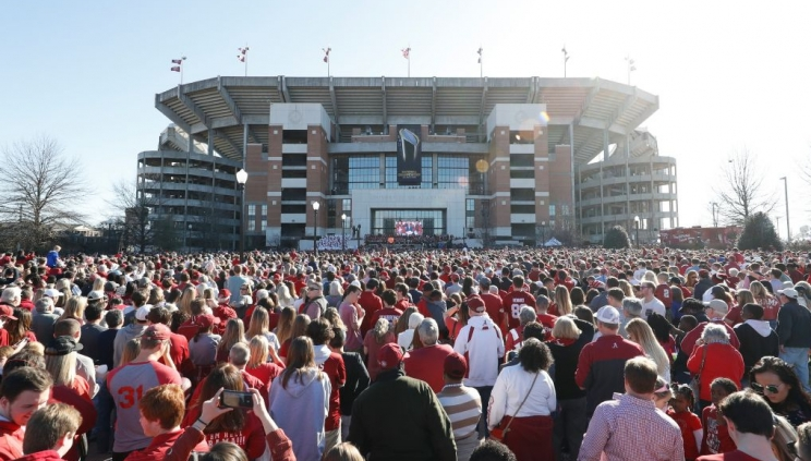 Alabama Football Celebrates 17th National Championship with Parade and Ceremony on Saturday