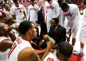 Alabama basketball team officially begins Avery Johnson Era with 77-64 win over Kennesaw State (via Crimson Magazine)