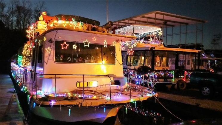 Tuscaloosa's Christmas Afloat returns to the water on Saturday, Dec. 8. The annual holiday event is viewable from both shores of the Black Warrior River.