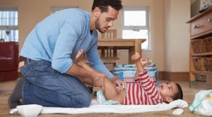 CSP Spotlight: 19 Ways To Keep Your Baby or Toddler Happy During Diaper Changes