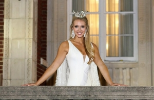 Tuscaloosa native Jessica Procter, representing the Miss Leeds area, was crowned Miss Alabama 2017 on June 10.