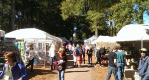 The annual Kentuck Festival of the Arts is planned for Oct. 21-22. Volunteers are needed to help.