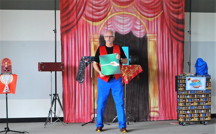 Magician Tommy Johns (June 4-5) gives kids a chance to have creative fun with great books, puppets, and magic.