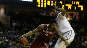 Crimson Tide basketball team set to battle Canty, Auburn on The Plains (via Crimson Magazine)
