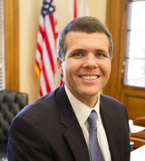 Mayor's Minute April 2017: A Message from Tuscaloosa Mayor Walt Maddox