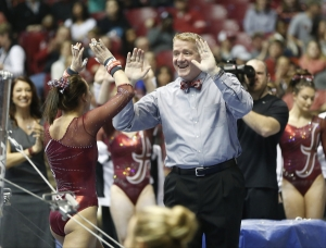 No. 5 Crimson Tide gymnasts gearing up for showdown with top-ranked Gators (via Crimson Magazine)