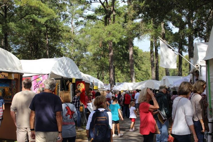 The Kentuck Festival of the Arts attracts up to 15,000 visitors each year. The festival makes a $5.9 million economic impact on the community.