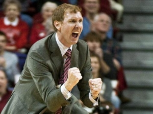 John Pelphrey officially named as assistant head coach for UA men's basketball program (via Crimson Magazine)